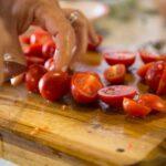 Kako sačuvati paradajz za zimu? Isplati li se zamrzavati paradajz i kako
